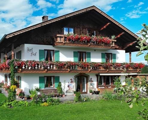 3 bis 5 Sterne Appartement FeWo Ferlhof Krün